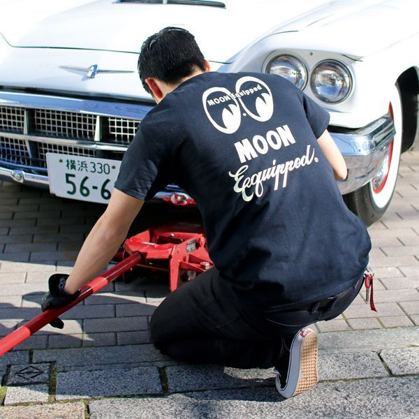 MOON Equipped Logo T-Shirt [ MQT122 ]