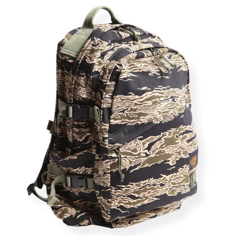 BACK PACK (TIGER BORDER)